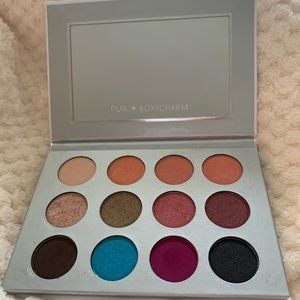 Pur by Boxycharm Eyeshadow Palette